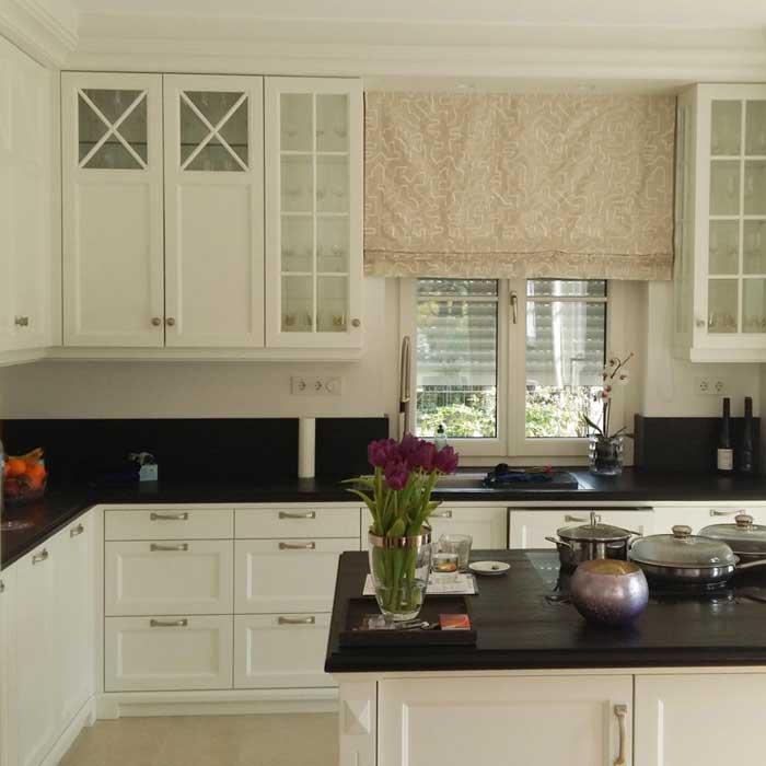 Cucine su misura in legno, moderne, classiche o rustiche, in base alle vostre necessità