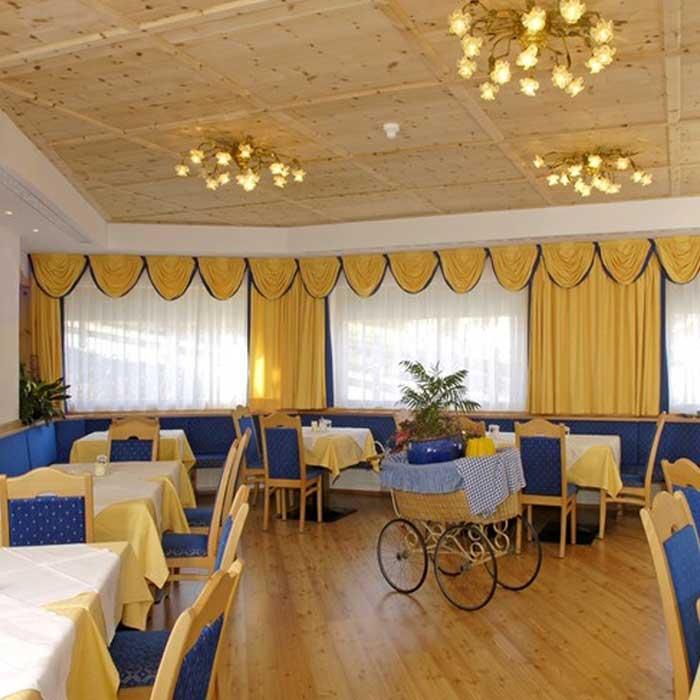 Arredamento alberghiero ma non solo: mobili per ristoranti, bar, negozi, spa...